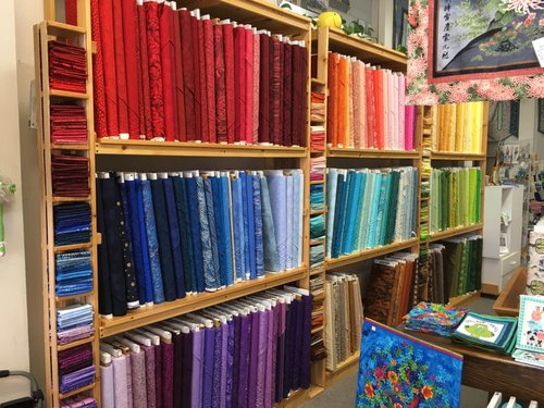 Threads That Bind Coos Bay quilt shop
