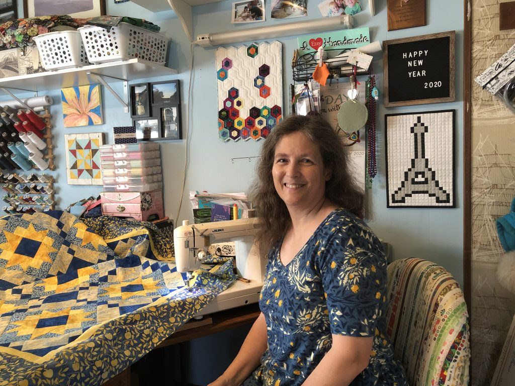 Pam Boatright Island Batik Ambassador at Threads That Bind Coos Bay quilt shop